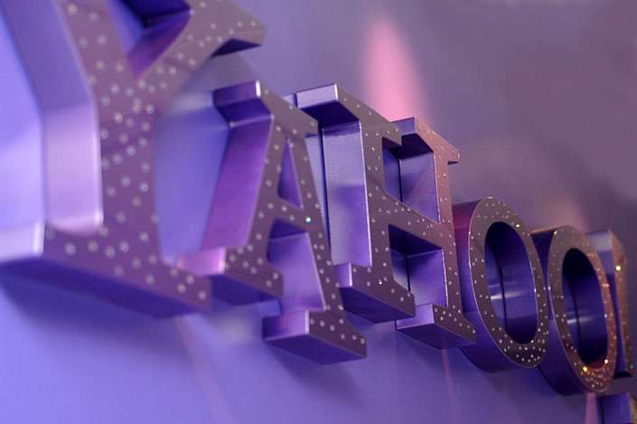 Yahoo International Office Signs