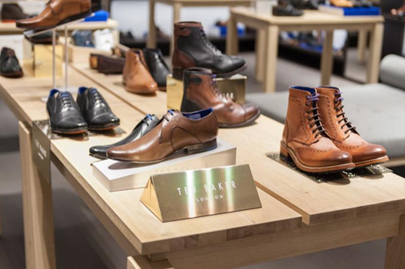 tedbaker-footwear-riser