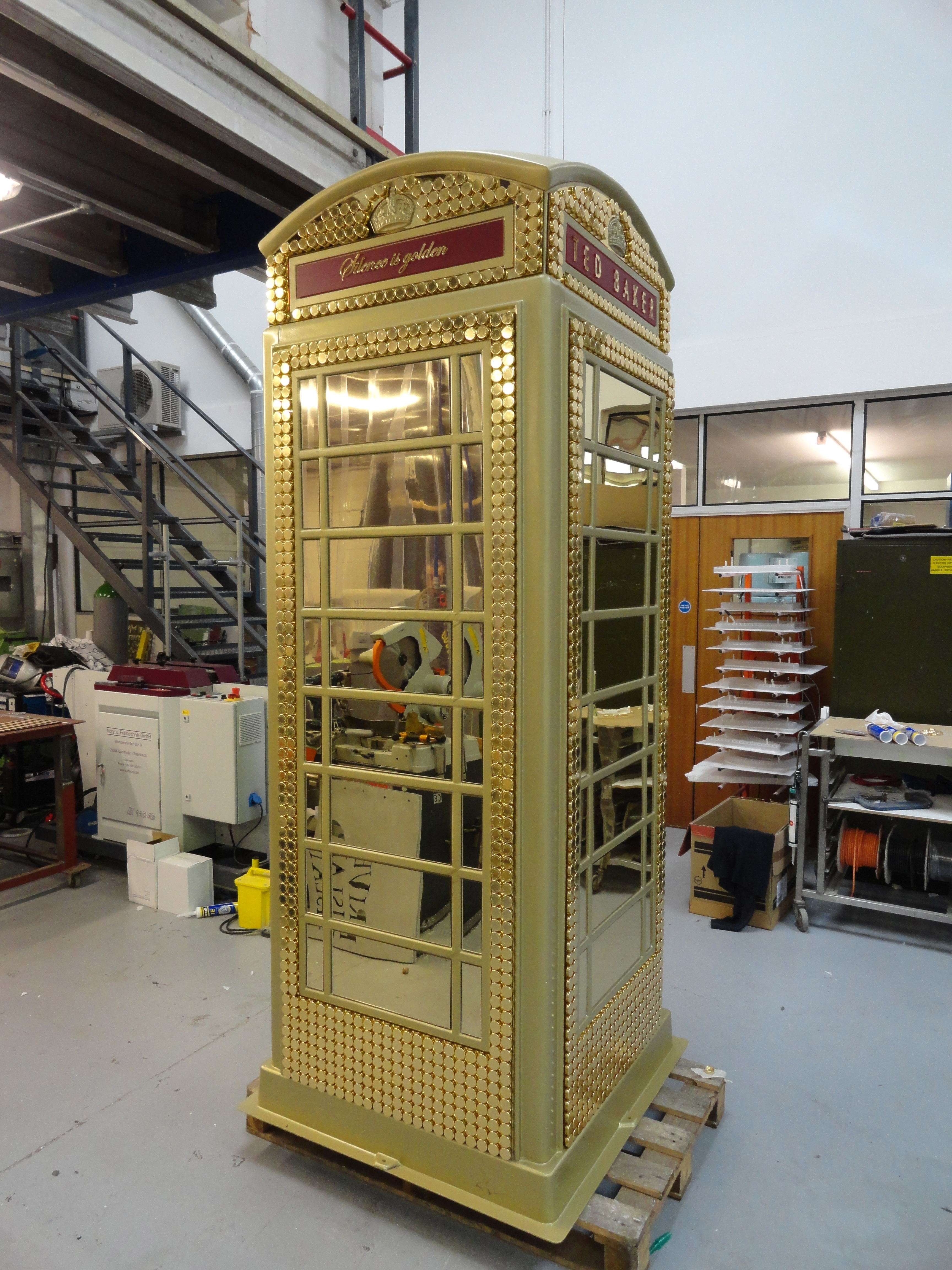 Ted Baker Phone Box