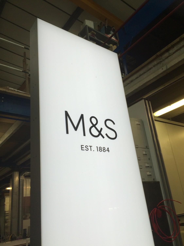 M & S Illuminated Totem